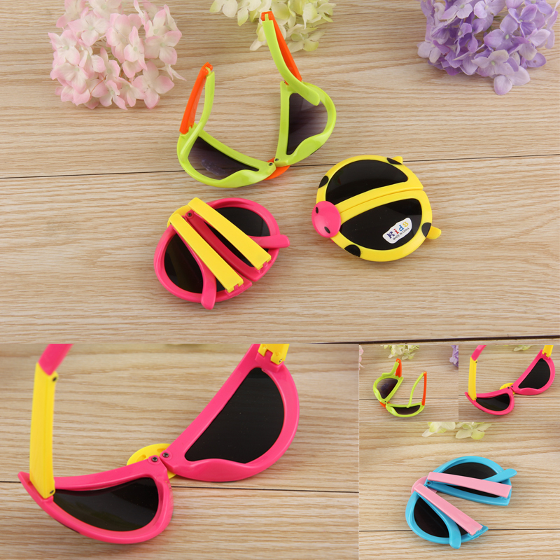 5f7c1f64a2 Colorful Kids Sunglass Folding Cartoon Ladybug Eyewear Boys Girls ...