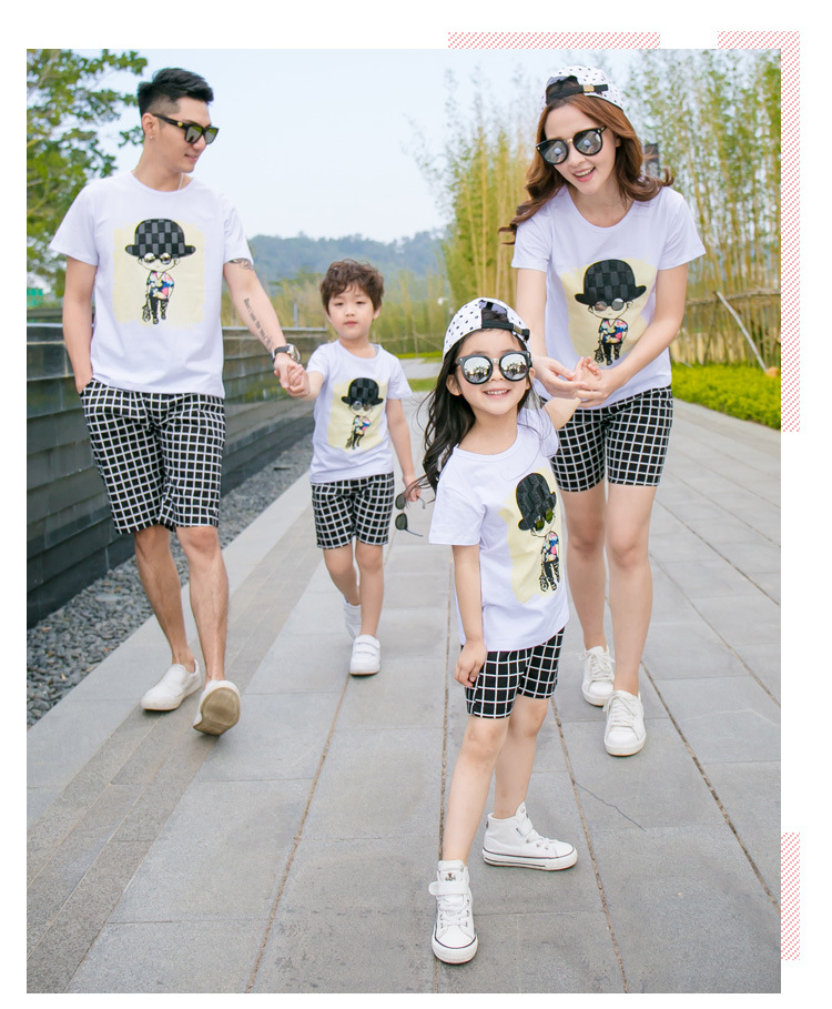 Summer new parent-child cotton fashion suit cute cartoon an family of three suits fashion plaid shorts casual family wearSummer new parent-child cotton fashion suit cute cartoon an family of three suits fashion plaid shorts casual family wear