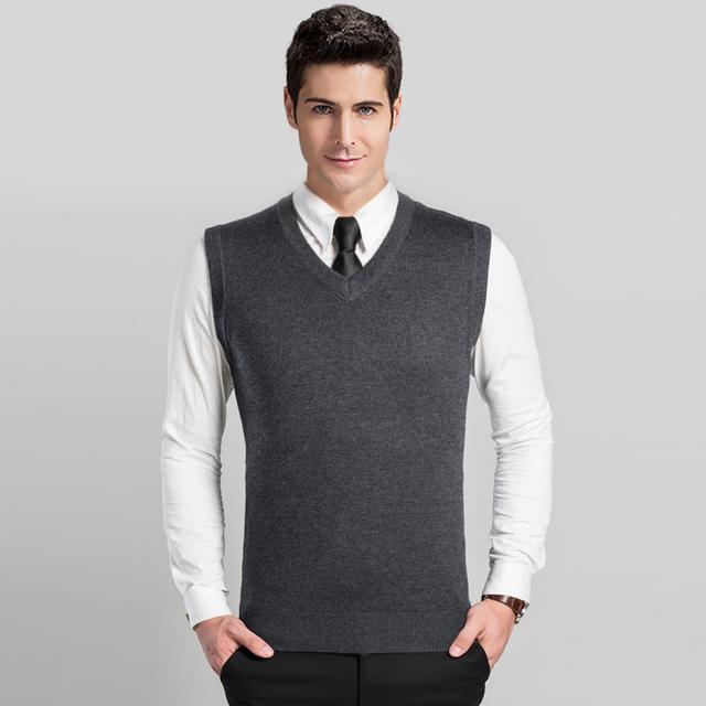 Alta Qualidade Outono Inverno Sem Mangas V pescoço Cor Sólida Clássico Colete Suéter de Lã dos homens