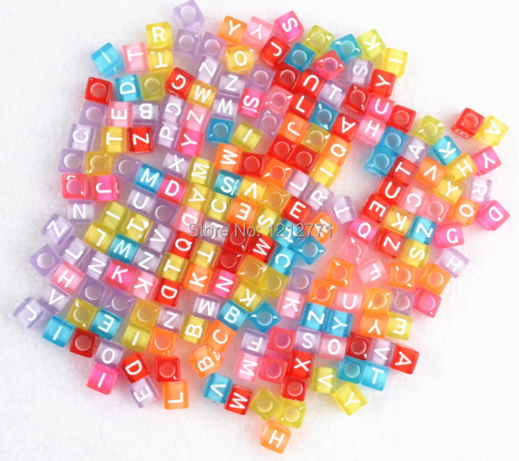 Multi Color Transparent 6mm Acrylic Alphabet Beads Charms For DIY Loom Rubber Bands Bracelets 100 Pcs / Lot Wholesale Bead