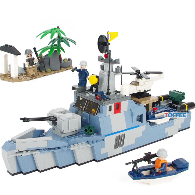 где купить 520pcs Offshore Picket Ship MILITARY Model Navy Seals Team SWAT WW2 Army Building Blocks Bricks figures Toys Children Boys Gifts по лучшей цене