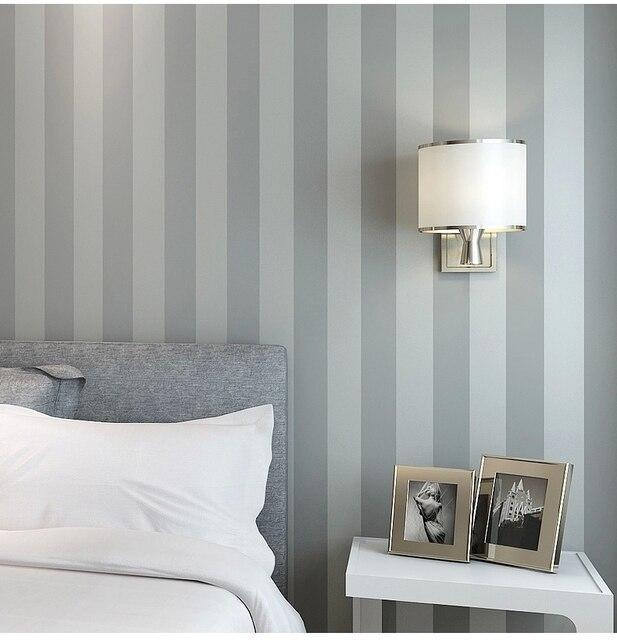 cool papel pintado no tejido rollo normal de rayas verticales de colores para el dormitorio habitacin sala with papel pintado rayas verticales - Papel Pintado Rayas Verticales