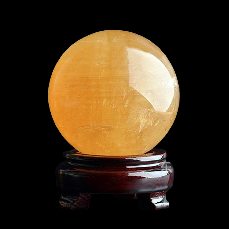 40mm Rare Yellow Natural Stones Feng shui Crystal Ball and Minerals Amber Raw Quartz Crystals Figurines Ball Gifts Drop Shipping vase