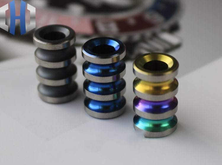 Titanium Alloy Traffic Light Knife Pendant Knife Beads Rope Accessory Keychain EDC Hang Buckle Tail Rope Buckle Paracord Beads