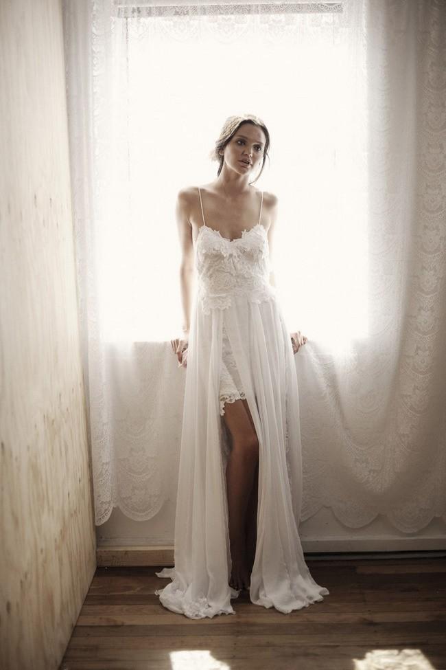 Top-Selling-Spaghetti-Strap-Beach-Boho-Cheap-Bohemian-Lace-Front-Short-Long-Back-Wedding-Dress-Gown (1)