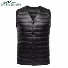 2019 New Fashion Ultra Light Down Vest Men Spring Autumn Sleeveless Collarless Vest Male Casual Winter White Duck Down Waistcoat