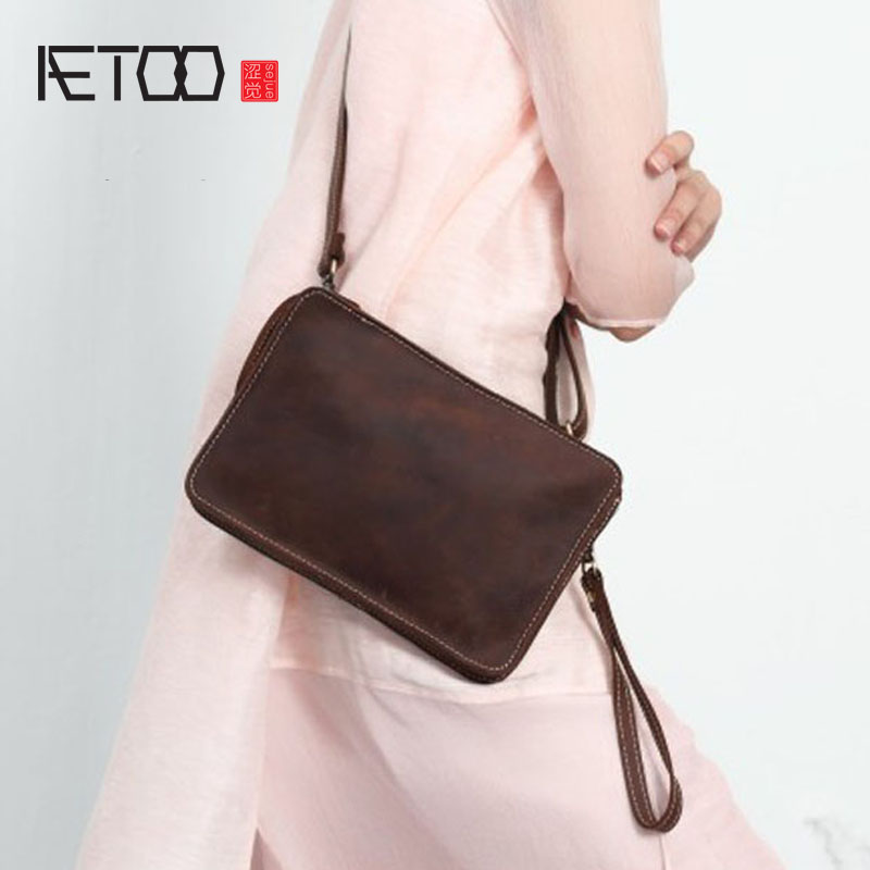 AETOO Handmade leather retro art Sen female package crazy horse leather convenience leisure small hand holding grab pull shoulde