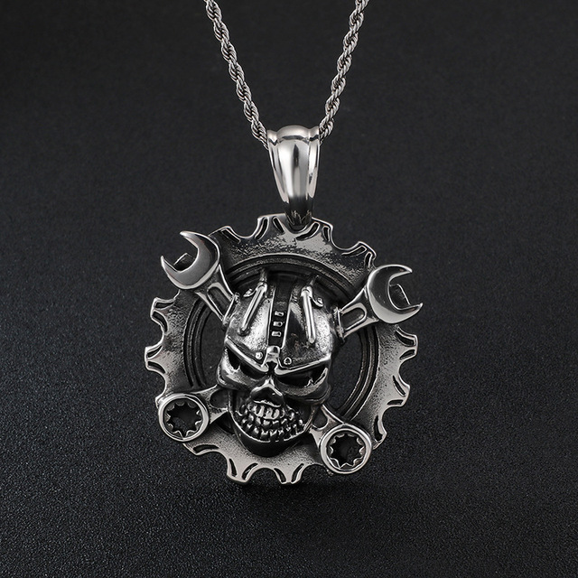 STAINLESS STEEL MECHANICAL SKULL NECKLACE
