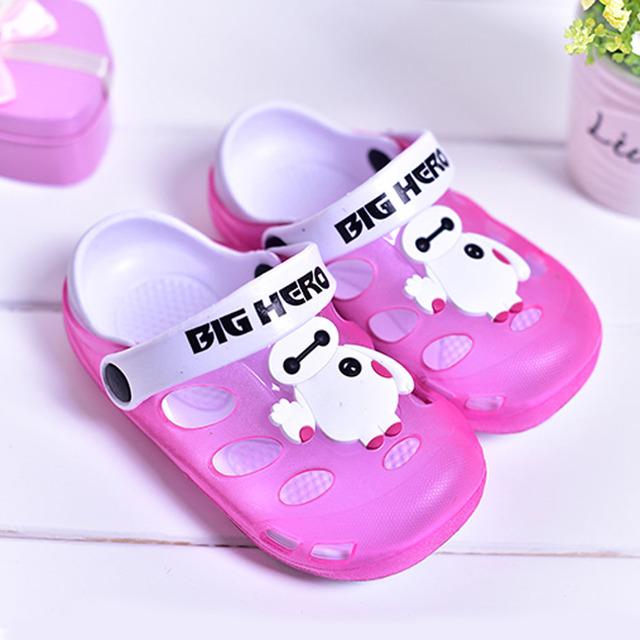 2017 novos buracos sandálias da criança dos desenhos animados pvc jelly shoes slip on casual infantil do bebê meninas da praia do verão tamancos chaussure fille