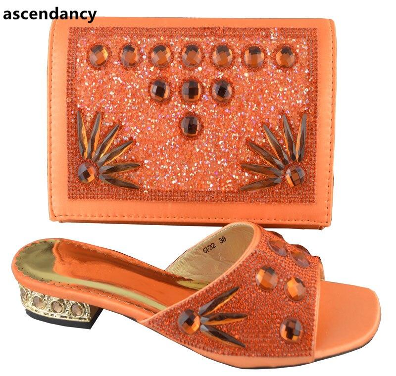 Et Nigérian Nigérians Couleur Africain orange Dernière Femmes Pu Orange Ensemble De Fête Chaussure Chaussures Mariage Ciel Sacs 8mNvn0wO