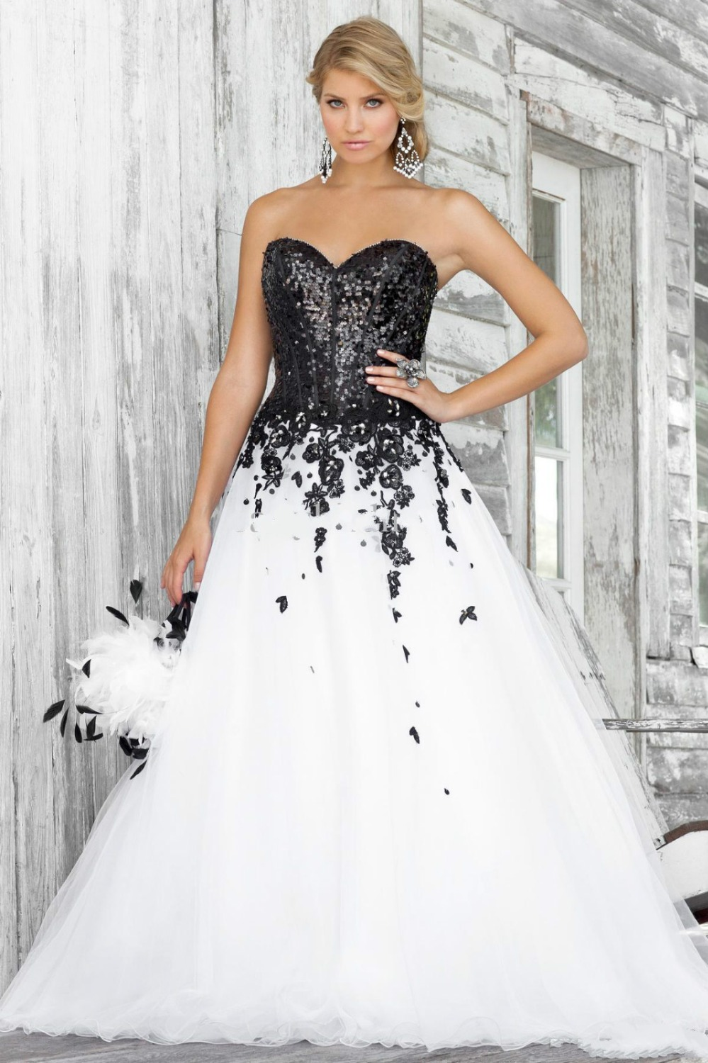Black White Dress Sexy Sweetheart Sequins Applique Flowers Petals