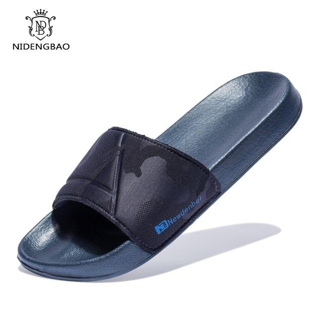 العلامة التجارية جودة النعال الرجال أحذية الحمام شقة الوجه يتخبط خفيفة في الهواء الطلق صنادل شاطئ أحذية كبيرة الحجم 50 الظلام التمويه السطح