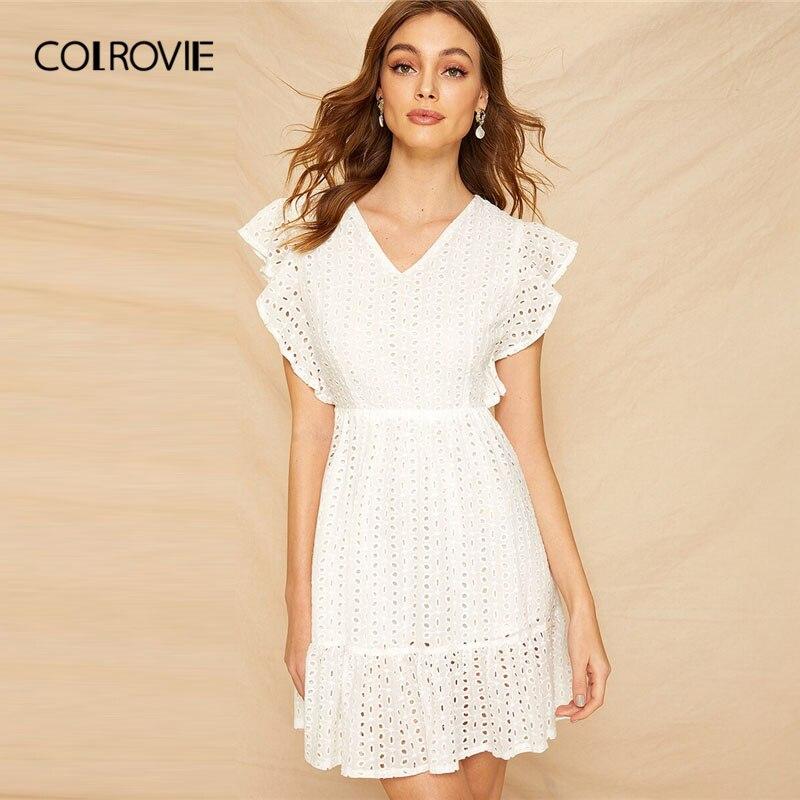 COLROVIE белый V шеи ушко вышитые манжеты с оборками Schiffy элегантный короткое платье; Для женщин 2019 летние каникулы платье на бретелях