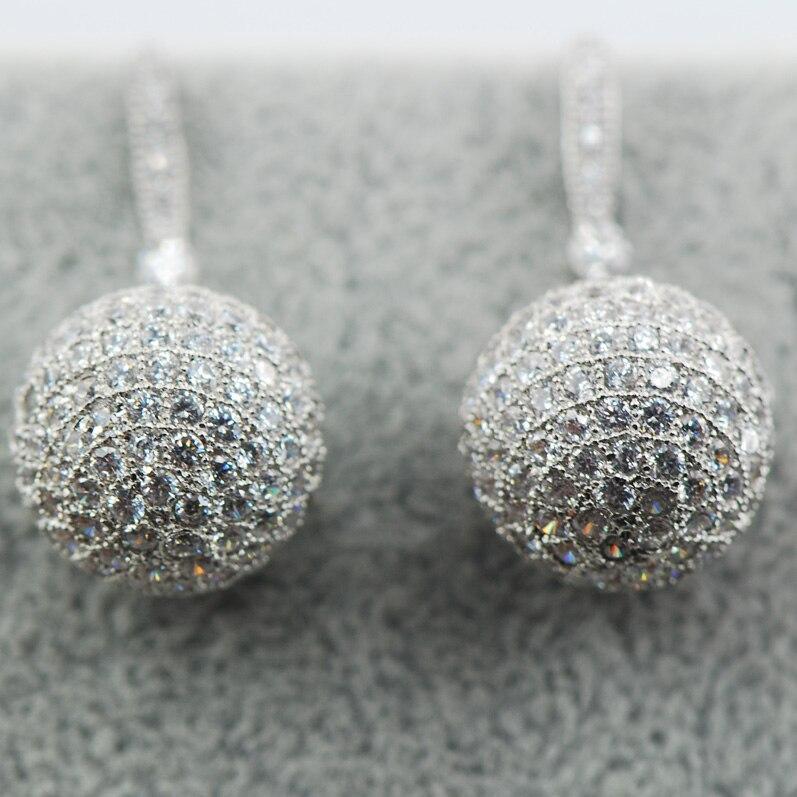 Brillant Multi cristal blanc Zircon brillant femmes 925 boucles d'oreilles en argent Sterling AP29