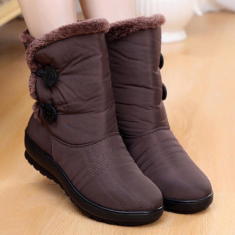 все цены на Non-Slip Snow Boots 2018 New Women Boots Warm Winter Boots Waterproof Mother Shoes Winter Women Shoes Plus Velvet Cotton Boots