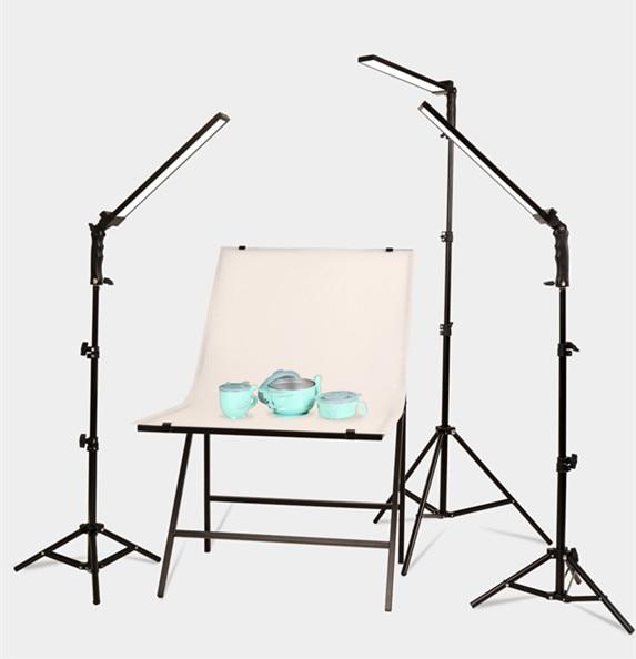 LED lighting studio, shooting lamp, long light source, photo lamp, human figure, clothing, lighting, photography CD50