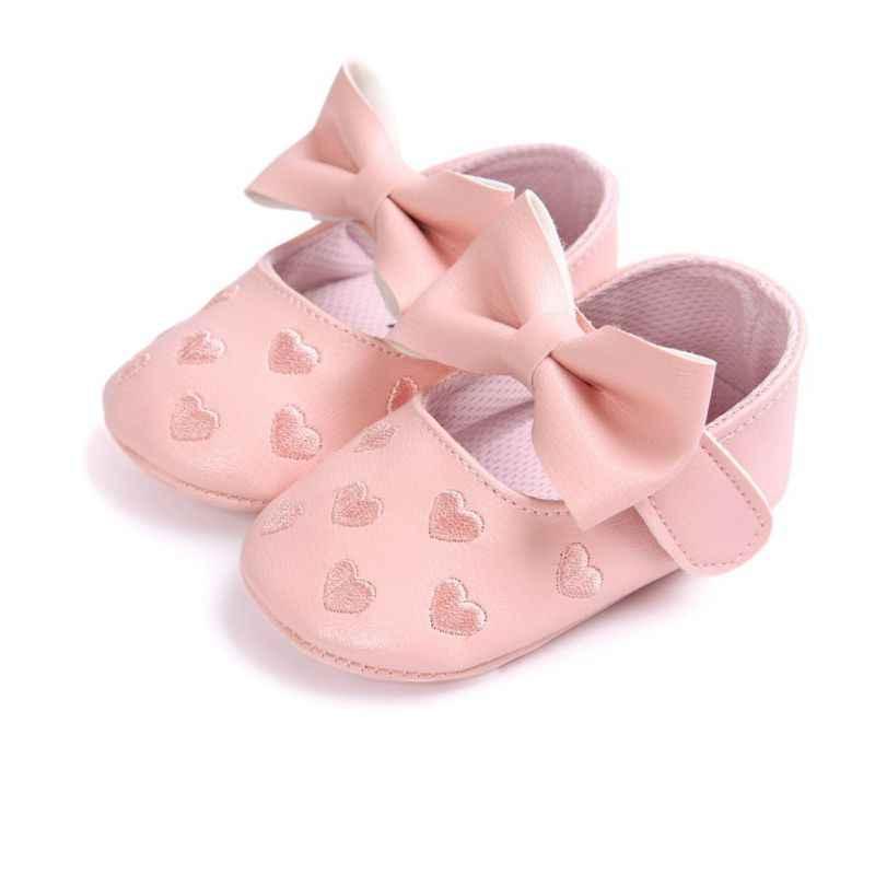 Bebe PU Leer Baby Boy Meisje Baby Mocassins Moccs Schoenen Boog Fringe Zachte Zolen antislip Footwear Crib Schoenen nieuwe