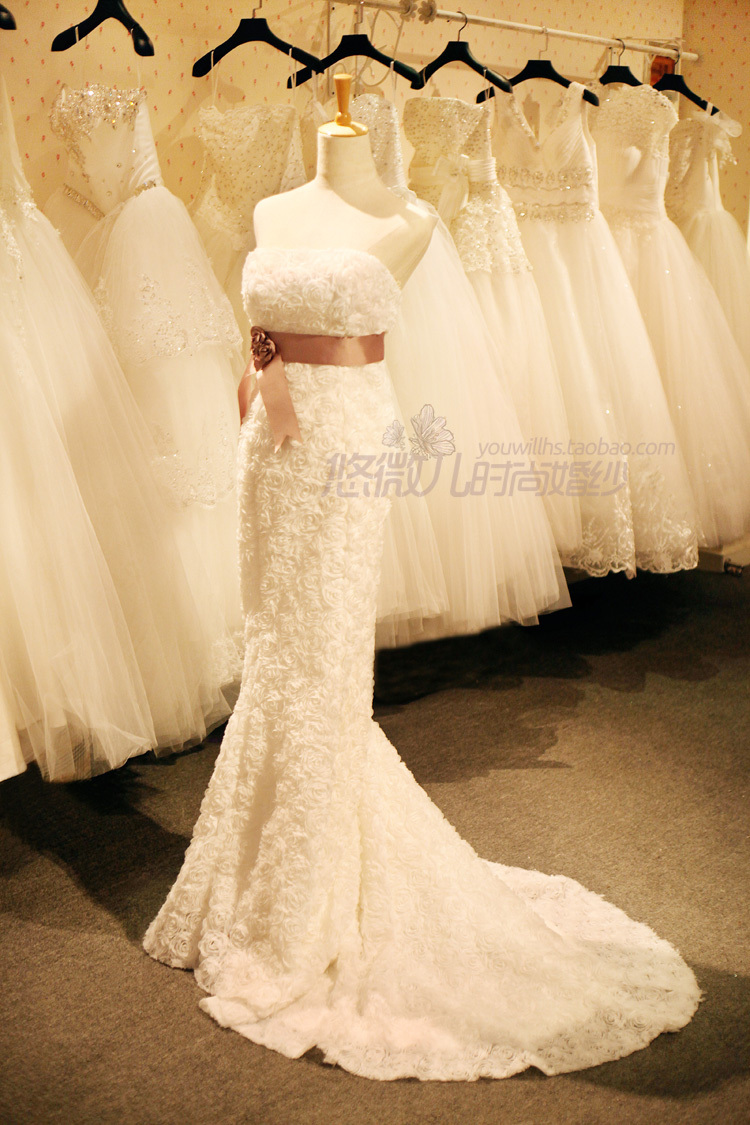 Spring Summer Bride Wedding Dress With Court Train Robe De Mariage Princess  Lace Sweetheart Mermaid Wedding Dresses AZP044-in Wedding Dresses from  Weddings ... a2005d4e4bd1