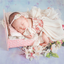 New Newborn Props Fotografia Iron Bed Newborn Posing Baby Photography Props Photo Studio Crib Props for Photo Shoot Posing Sofa the design aglow posing guide for wedding photography