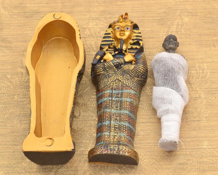 Resin Craft Egyptian Mini King Tut Coffin with Mummy