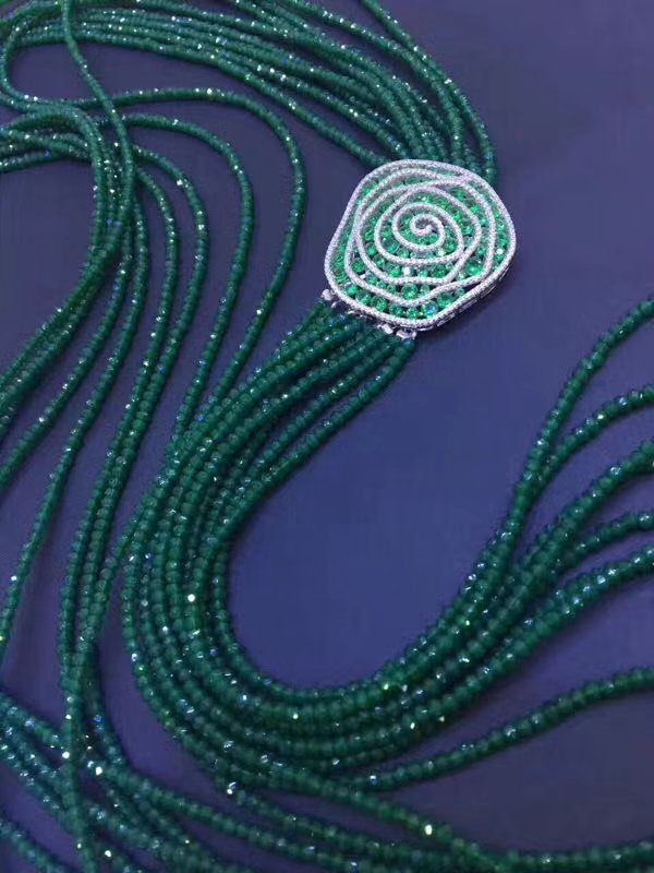 9rows green jad e roundel faceted 4*2mm necklace 26-34 nature wholesale bead discount gift wholesale 1 4 2v3a
