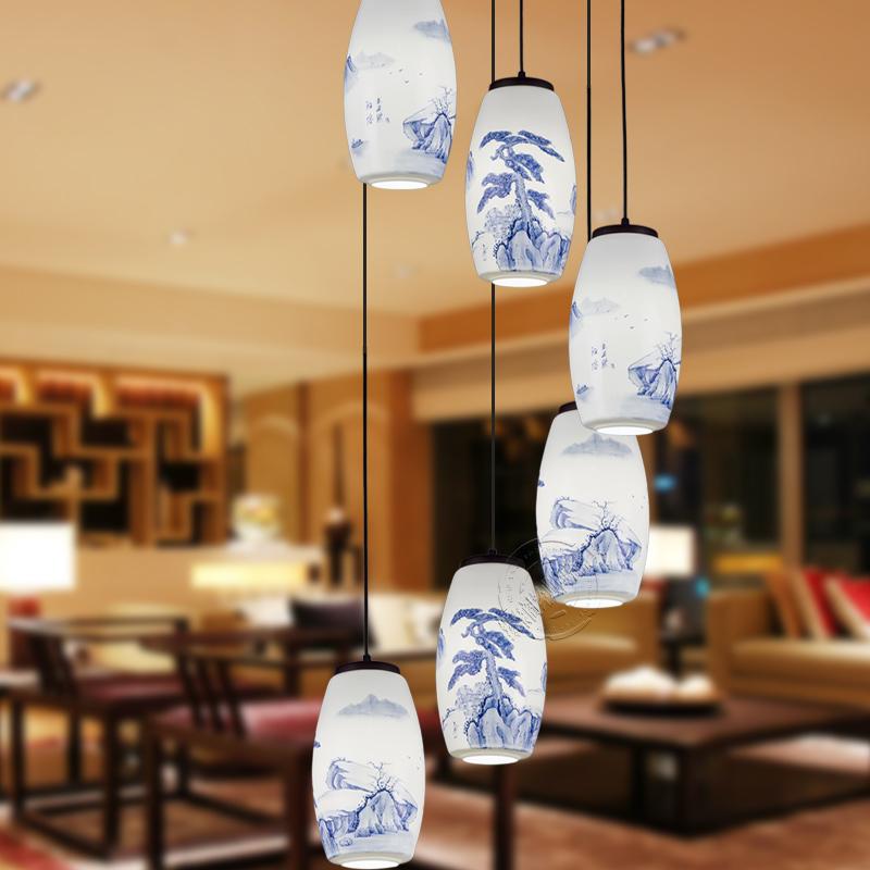The new Chinese style hand painted blue and white ceramic lamp lamps staircase high end hotel lamp tea pendant light zcl