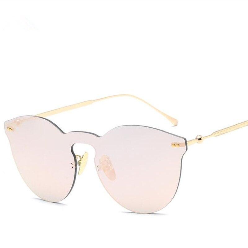 Luxo Rosa Do Vintage óculos de Sol olho de Gato Mulheres Marca Designer  Feminino Pontos de Óculos De Sol Óculos de Sol Para As Mulheres Senhora  Óculos De ... 8ee97ecd44