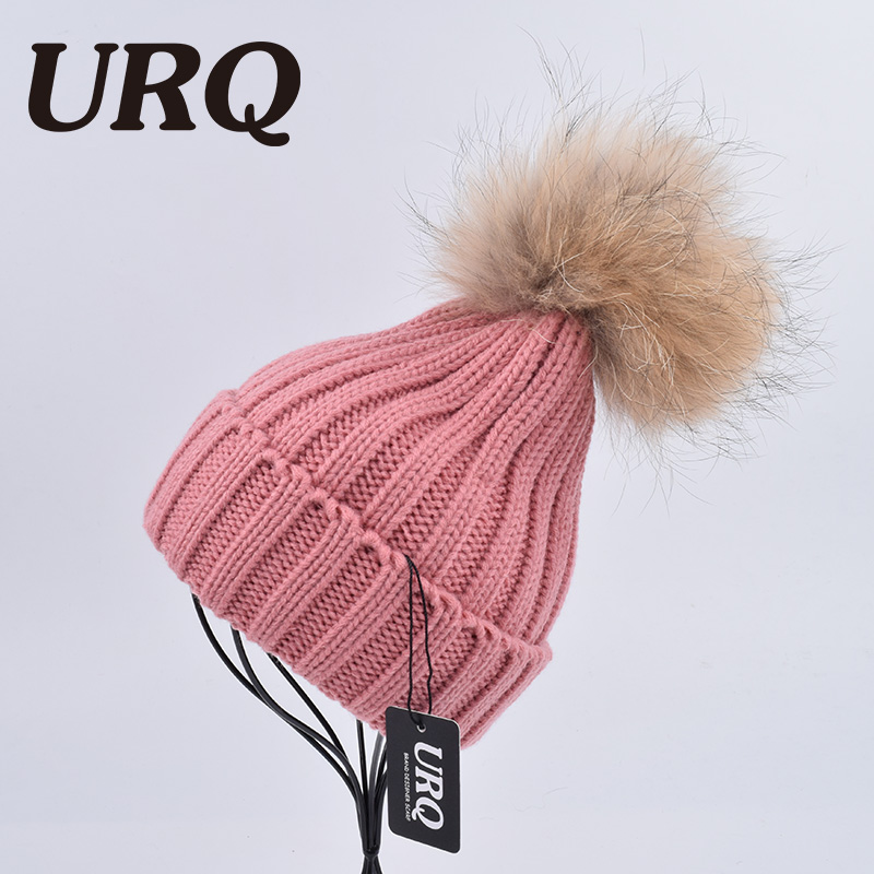 URQ Knitted Acrylic Real Natural Raccoon Fur Pompon Hat Female Winter Brand Cap Headgear For Women Skullies Beanies solid adult 18cm natural raccoon fur pompon hat thick womens winter hat caps female skullies knitted beanies new thick female cap