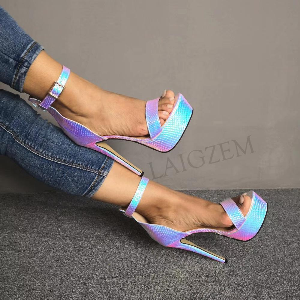 LAIGZEM ผู้หญิงแพลตฟอร์มรองเท้าแตะสายคล้องข้อเท้าสะท้อนสี Stiletto ส้นสูงปั๊ม Party Club Sandalia รองเท้าขนาด 34  52-ใน รองเท้าส้นสูง จาก รองเท้า บน   1