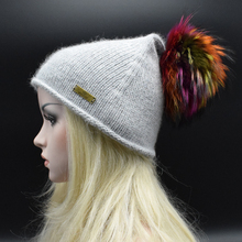 Бесплатная доставка 2017 Новый Бренд 100% мех енота Осенью и зимой большой 22 см шар шерсть cap согреться заостренный шляпа женщин