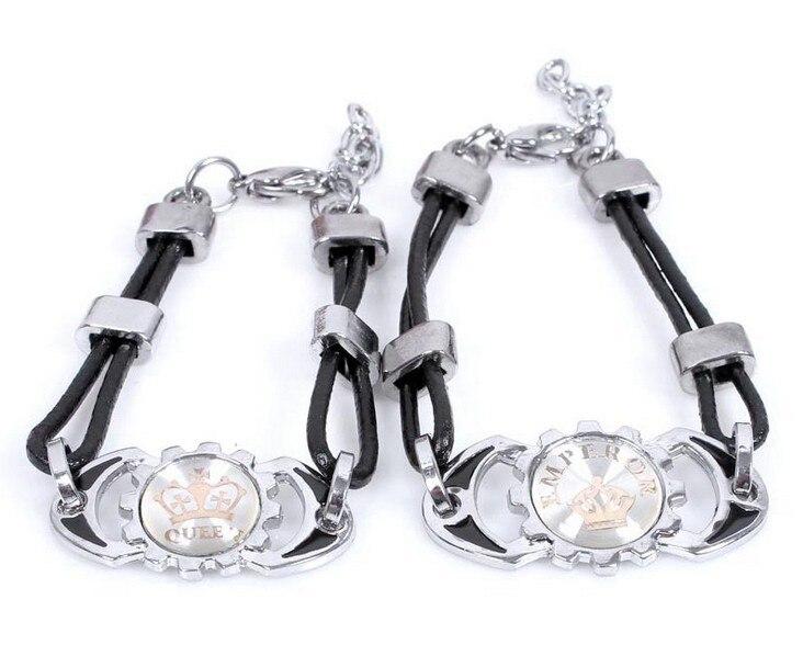 2015 nuevo estilo de la pulsera rey reina de acero de titanio amantes pulsera brazalete de