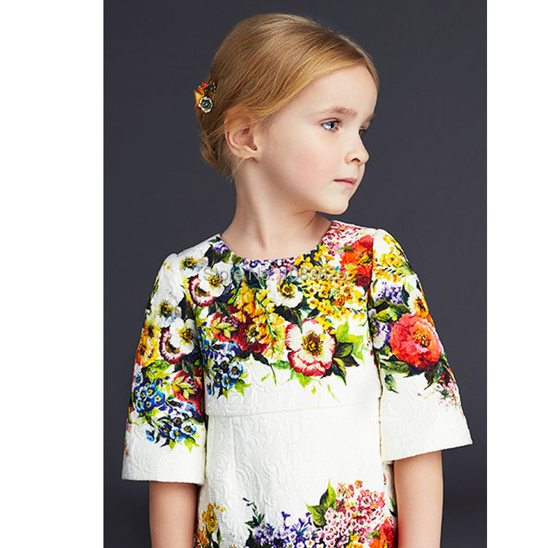 Three Quarter Sleeve Christmas Girl Dress Dobby Digital Floral Print Brand Kids Dress 2015 New European Style Children Dress цена 2017