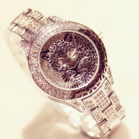 3c3a6204d0854 2017 New Women Rhinestone Watches Fashion Lady Diamond Stone Dress Watch  Stainless Steel Big Dial Wristwatch lady Crystal Watch