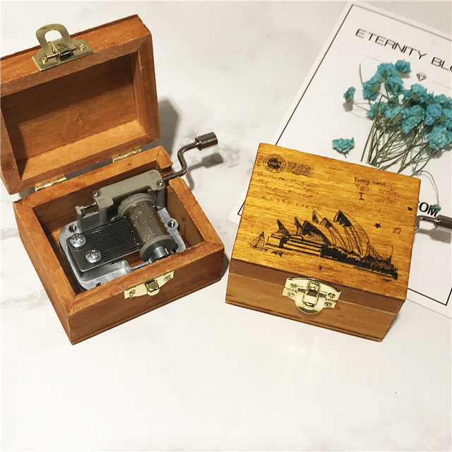 Kids Retro Wooden Cranked Music Box