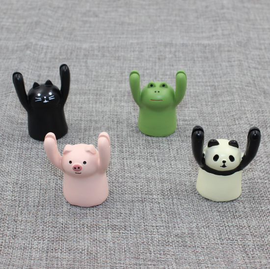 Photo Clip Animal Miniature Figurine Frog Pig Cat Panda resin craft Action toy figure for gift and decor 388