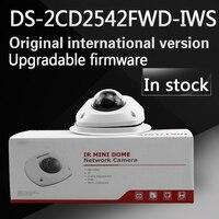 In voorraad gratis verzending engels versie DS-2CD2542FWD-IWS Audio 4MP WDR Mini Dome Network Camera met WIFI