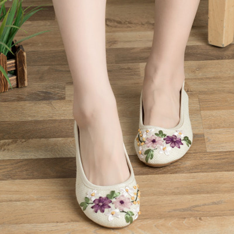 2018 New Women Flower Casual Shoes Cotton Fabric Comfortable Round Toe soft for female Flat Shoes Woman