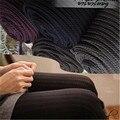 Mujeres Calientes Del Invierno de Terciopelo Delgado de la Raya Vertical de Giro Medias Jacquard de Colores Sólidos de Moda Caliente Sexy Muslo Medias De Algodón Largo