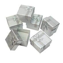 ジュエリーギフトボックス4*4*3センチリングボックス正方形カートン銀小さなイヤリング/ペンダントオーガナイザー表示包装卸売120ピース/ロット