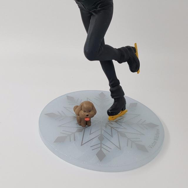 Yuri On Ice Figure Victor Nikiforov MH PVC Action Figure 23CM Doll Toy Model Action Figuras Anime Yuri On Ice Figurine