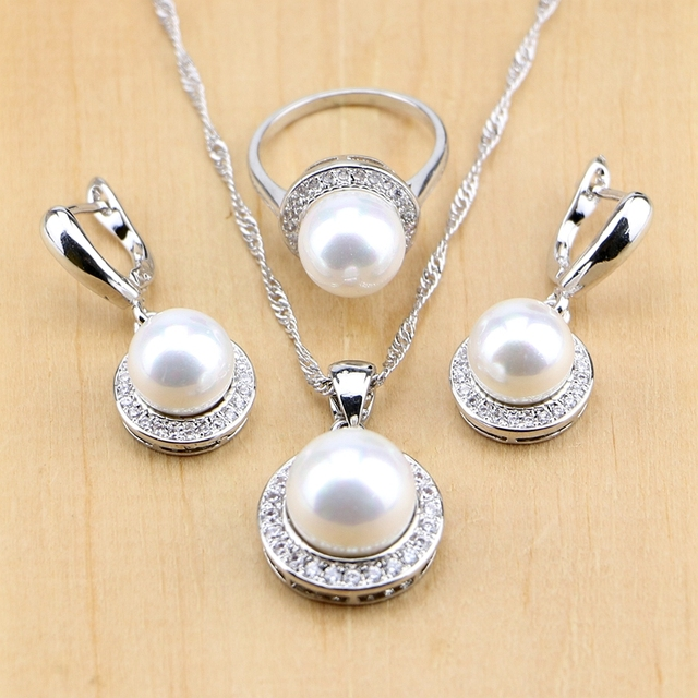 7ec3b24aca84 Simular-perla Cuentas plata 925 Juegos de joyería para las mujeres colgante  Pendientes de gota Anillos collar caja de regalo libre