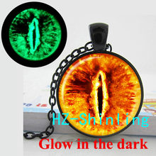 Glow in The Dark Jewelry Sauron Eye Necklace Evil Eye Pendant Jewelry Glass Cabochon Necklace Glowing Pendant(China)