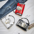 New Style famosa marca Retro Minimalista Saco Crossbody Pequena Bolsa de Ombro Mulheres Mulheres Saco Do Mensageiro de verificação do diamante de couro PU