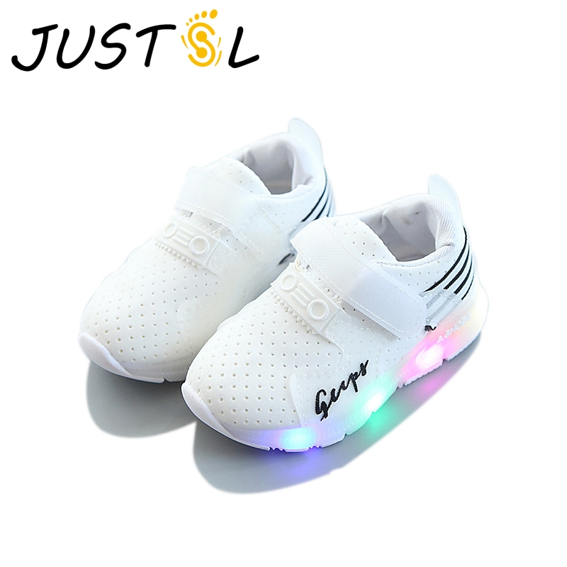 JUSTSL 2017 Autumn Boy Sports Shoes With LED Mesh Cloth Leisure Shoes Stretch Cloth Breathable Flashing Girls Fashion Sneakers