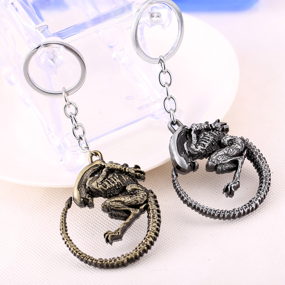 Alien v Predator Keychain can Drop-shipping Metal Key Rings For Gift Chaveiro Key chain Jewelry YS10881