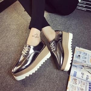 Image 4 - Cootelili 35 39 春カジュアル固体フラット女性の靴のパテントレザーレースアップローファーフラットプラットフォーム英国スタイルレディースオックスフォード