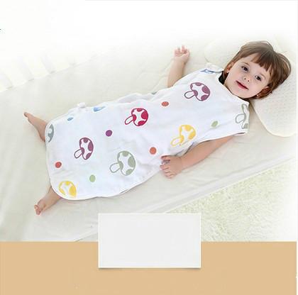 O Cogumelo do bebê saco de dormir do bebê saco de gaze fina seção pontos chute na perna é