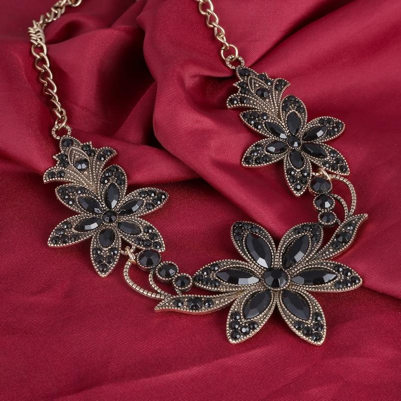 MINHIN Elegant Black Crystal Necklace For Women Classic Big Flowers Design Penda