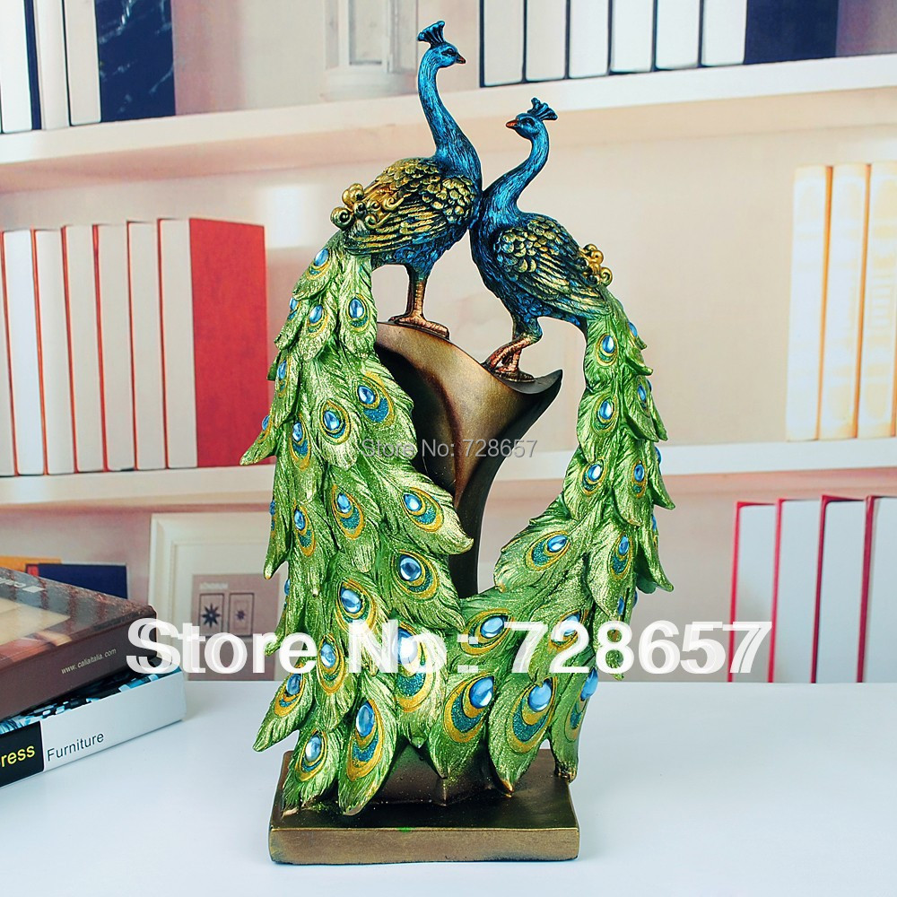 Traditional Chinese Peacock Couple Sculpture Resin Lovers Mascot Craft Ornament for Wedding