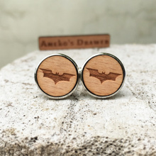 Bat Laser Engraved Cufflinks Batman Pattern Wooden Cufflinks DC Super Hero Stud Animal Suit Accessory X 1 Pair
